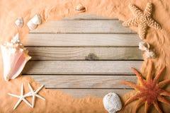 De achtergrond van het hout en van het zand Royalty-vrije Stock Foto's