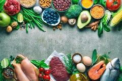 De achtergrond van het uitgebalanceerd dieetvoedsel stock afbeeldingen