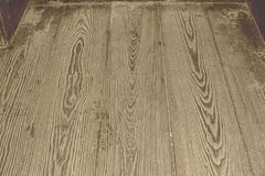 De Achtergrond van de houtvloer met natte voetafdruk Stock Afbeelding