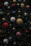 De Achtergrond van kerstboomballen Stock Afbeeldingen