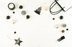 De achtergrond van Kerstmis creatieve abstracte samenstelling van Kerstmisdecoratie Stock Afbeelding