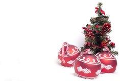 De achtergrond van Kerstmis met snuisterijen Royalty-vrije Stock Afbeelding