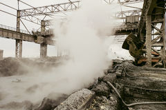 De achtergrond van de mijnbouwzware industrie royalty-vrije stock fotografie