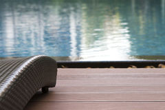 De achtergrond van mooie dark sunbed voor overzeese type swimmin Stock Foto's