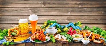 De achtergrond van Oktoberfest stock afbeeldingen