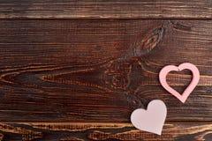 De achtergrond van de valentijnskaartendag met decoratieve harten Royalty-vrije Stock Afbeelding