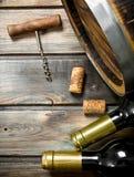De achtergrond van de wijn Vat witte wijn royalty-vrije stock afbeelding