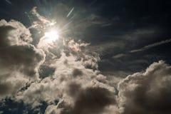 De achtergrond van wolken Stock Afbeelding