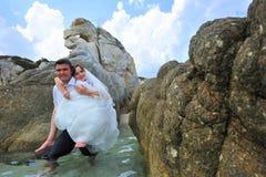 De achterrit van het huwelijk - paarportret Royalty-vrije Stock Fotografie