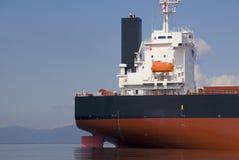 De Achtersteven van het vrachtschip royalty-vrije stock afbeelding