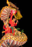 De acrobaten voeren een leeuw en draakdans uit Royalty-vrije Stock Afbeeldingen