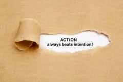 De actie slaat Bedoeling altijd Gescheurd Document Concept stock foto's