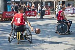 De Actie van het Basketbal van de Rolstoel van mensen Royalty-vrije Stock Fotografie
