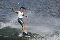 De Actie van Shortboard van vrouwen - Marion Aynaud Stock Afbeeldingen