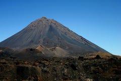 De actieve vulkaan Pico do Fogo van Kaapverdië op het Eiland Fogo stock foto