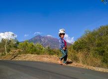 de activiteiten van dorpsvrouwen in Bali stock fotografie