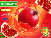 De advertenties van het granaatappelsap, realistisch fruit in rode sap reclame vector illustratie