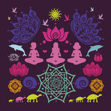 De affiche met yoga stelt bloemenmandalas lotuses dieren en velen Royalty-vrije Stock Afbeeldingen