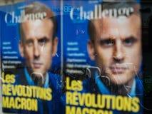 De affiche van de Macronrevolutie met stadsbezinning Stock Fotografie