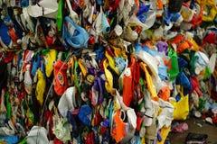 De afgevlakte containers van de wasserijzeep royalty-vrije stock afbeeldingen