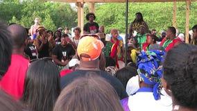 De Afrikaanse Geluiden van de Trommelmuziek stock videobeelden