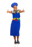De Afrikaanse vrouw beduimelt omhoog Stock Foto