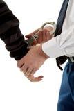 De agent van de politie maakt een arrestatie stock afbeeldingen
