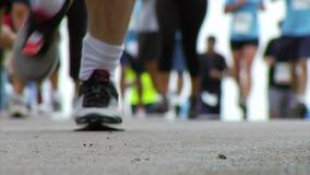 De agenten van de marathon stock videobeelden