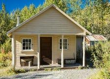 29 de agosto de 2016 - parque nacional de Fannie Quigleys Historic Cabin In Kantishna Denali Fotos de archivo
