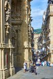 31 de Agosto gata i San Sebastian Old Town Gipuzkoa arkivfoton