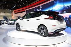 De al nieuwe het Blad elektrische auto van Nissan 2018 is bij de de Motorshow 2017 van Doubai Royalty-vrije Stock Afbeeldingen