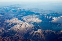 De Albanese van de bergbovenkanten van Alpen rotsachtige luchtmening Royalty-vrije Stock Afbeeldingen