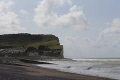 De albasten kust en het strand en overzees in criel sur mer royalty-vrije stock fotografie