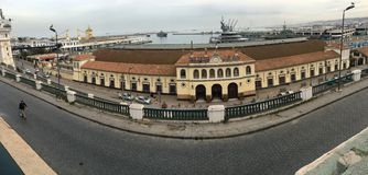 De Algerijnse Nationale Maatschappij van Spoorwegvervoer Centraal station van Algier SNTF staat- Royalty-vrije Stock Fotografie
