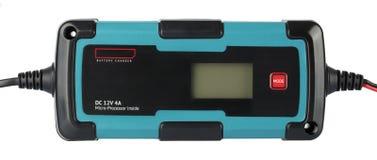 De alta frecuencia del cargador de batería aislado en el fondo blanco Imagen de archivo libre de regalías