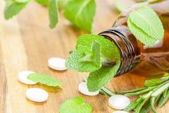 De alternatieve geneeskunde van de homeopathie Stock Foto's