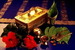 De ambachten van Brassware (Tepak Sireh) Stock Afbeeldingen