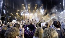 De Amerikaanse Band Midlake voert levend op stadium uit Royalty-vrije Stock Foto's