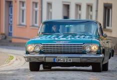 De Amerikaanse chevroletauto op een oldtimer toont in altentreptow Duitsland bij 2015 kan Stock Fotografie