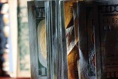 De Amerikaanse dollars van fragmentbankbiljetten Royalty-vrije Stock Fotografie