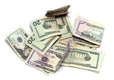 De Amerikaanse Dollars van USD op wit Stock Foto's