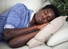 De Amerikaanse mens van slaapafro Stock Afbeelding