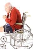 De amputatie bejaarde hogere verticaal van het been Stock Afbeelding