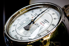 De analoge vertoning van de gewichtsschaal Royalty-vrije Stock Foto