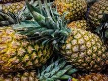 De ananassen sluiten omhoog royalty-vrije stock afbeeldingen