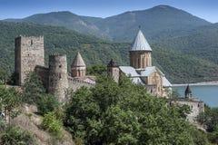 De Ananurivesting wordt gevestigd op de Militaire Georgische weg Royalty-vrije Stock Foto