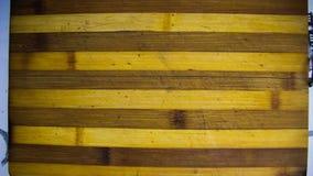 De animatie van de eindemotie van drie die stukken van het brood met boter en kaviaar op de houten scherpe raad wordt behandeld royalty-vrije stock afbeelding