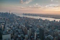 De antenne van New York bij schemer Royalty-vrije Stock Foto