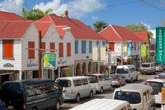 De Antillen, de Caraïben, Antigua, St Johns, Kleurrijke Winkels op Redcliffe-Straat Stock Foto