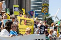 De antiProtesteerders Maart van het Steenkoollaaggas op het Parlement Huis Royalty-vrije Stock Foto